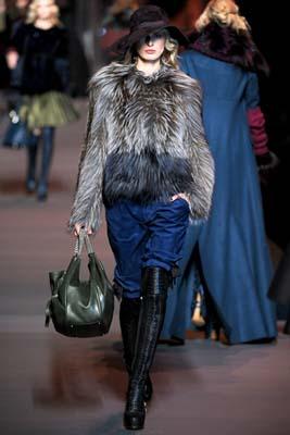 Christian Dior F/W 2011 - Karolina Kurkova