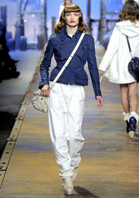 Christian Dior S/S 2011 : Karmen Pedaru