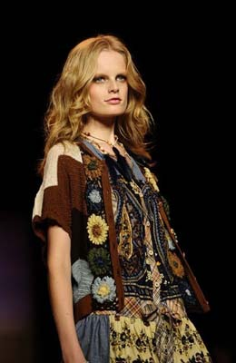 Anna Sui S/S 2011 : Hanne Gaby Odiele