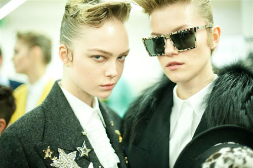 Dolce & Gabbana F/W 2011 - Siri Tollerod & Kasia Struss