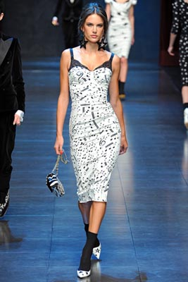 Dolce & Gabbana F/W 2011 - Alessandra Ambrosio