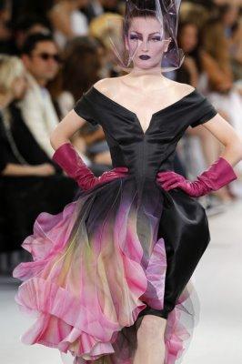 Christian Dior Haute Couture F/W 2010:Iekeliene stange