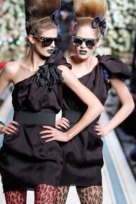 LANVIN X H&M FASHION SHOW:Kendra Spears & Heidi Mount
