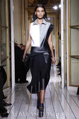 Balenciaga F/W 2011 - Liya Kebede