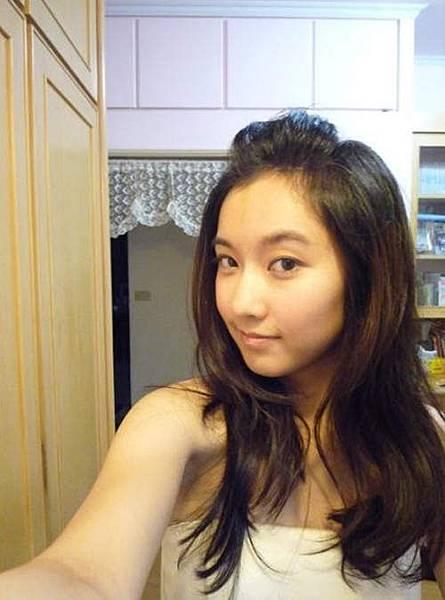 正妹主播李佳玲