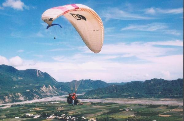 IMG_2443   鹿野飛行傘6.jpg
