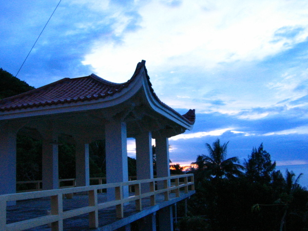 IMG_2569   清晨5點的和南寺.jpg