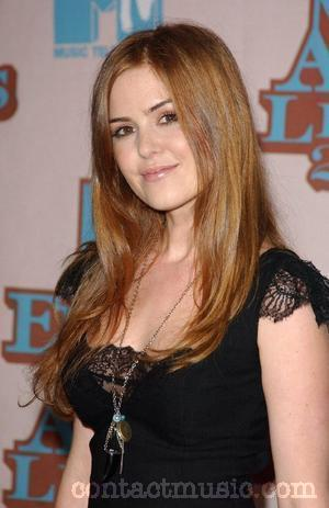 isla_fisher_gives_birth_01_wenn345776.jpg