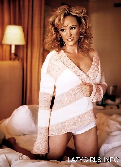 virginia_madsen_virginia_madsen_sexy_in_bed_y44pGxb_sized.jpg
