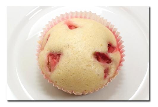草莓蛋糕鬆軟蒸.jpg