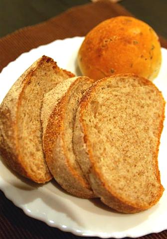 黑麥雜糧麵包 複製.jpg