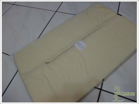 宜得利墊腰枕 -3.jpg