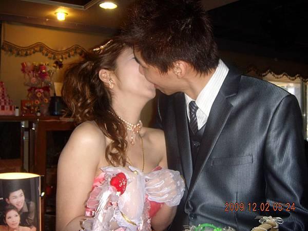 幸福親吻.JPG