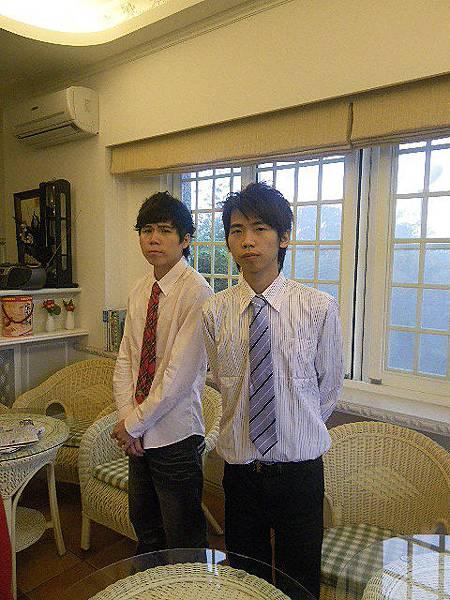 大弟+小弟.JPG