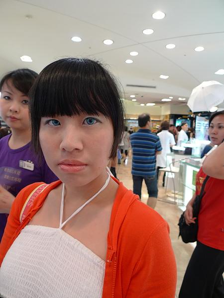 Shiseido新唇彩試妝照。後來娘子大人就買下那支唇膏ww