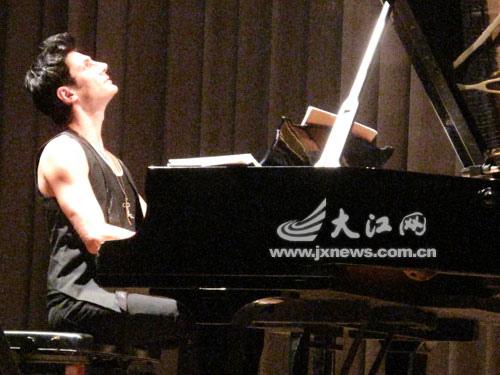02-2010.09.22 南昌.jpg