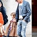 Maksim and his daughter Leeloo-01.jpg