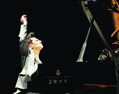 Maksim Mrvica Concert in Wuhan.jpg