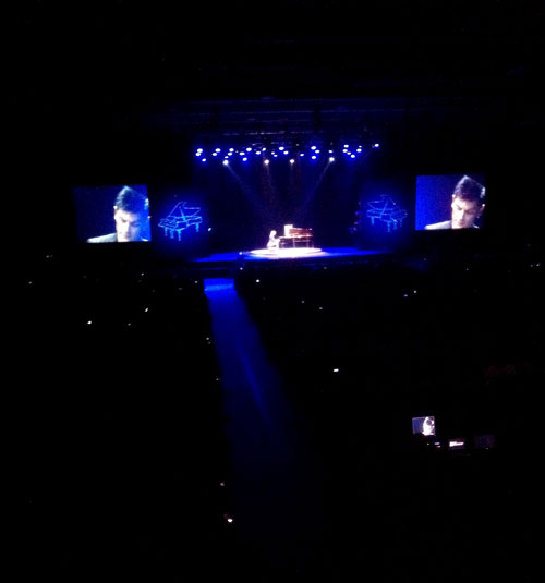 Beijing2-Maksim first concert in China at the Wanshida Centre Beijing on 16th November 2011.jpg