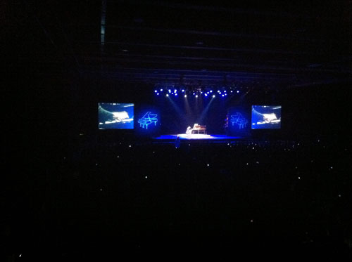 Beijing5-Maksim first concert in China at the Wanshida Centre Beijing on 16th November 2011.jpg