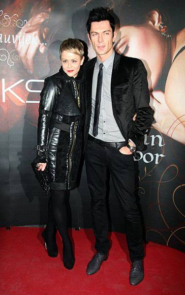 Maksim Mrvica and his wife Ana.jpg