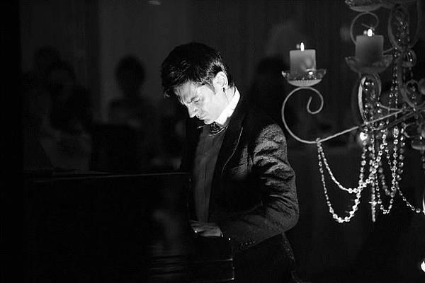 Maksim Mrvica in Istanbul 2012.03.18-03