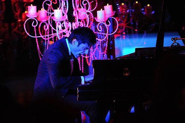 Maksim Mrvica in Istanbul 2012.03.18-05