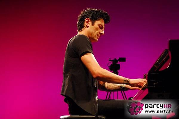 Maksim Mrvica Solo Classical Concert at Ljetna pozornica, Opatija, 16.16.2012-18