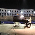 Rehearsing for the show in Arena Pula-02