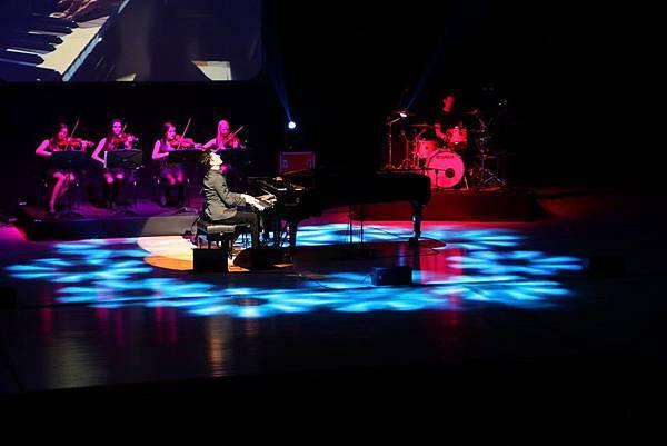 Some photos from Maksim's Korean tour-07.jpg