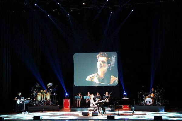 Some photos from Maksim's Korean tour-08.jpg