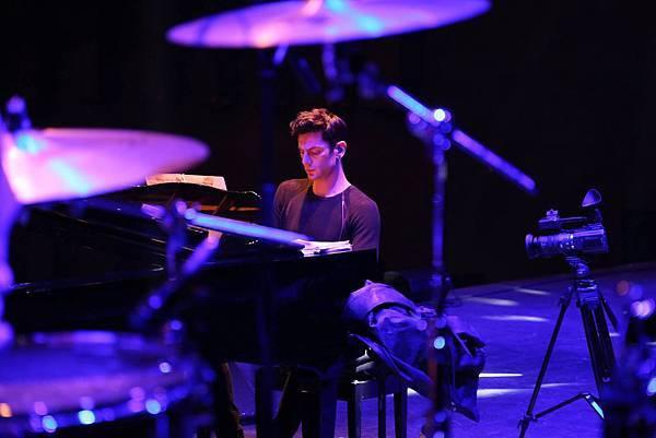 Some photos from Maksim's Korean tour-13.jpg