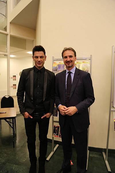 Maksim in Moscow-05 - Maksim whit Croatian ambassador Mr. Igor Pokaz..jpg
