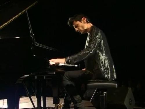 Maksim Mrvica tour in Slovenia 2010.11.12-14.jpg