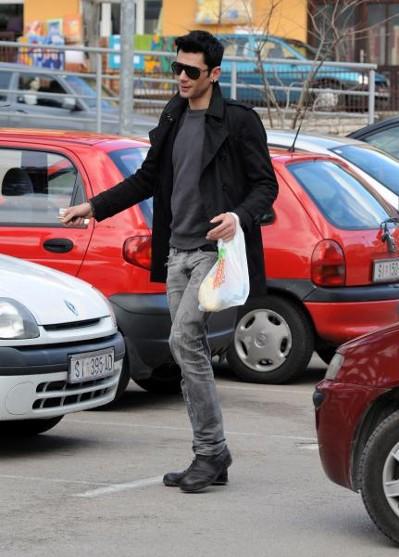 Maksim Mrvica uživa u rodnom Šibeniku-05.jpg