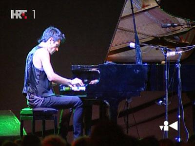 Maksim Mrvica concert in Tribunja 20090711.jpg
