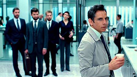 Second-Trailer-The-Secret-Life-of-Walter-Mitty-0