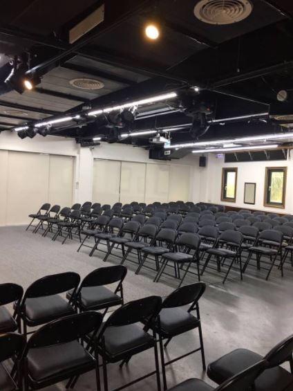 Stars美學館 三樓多功能展演空間-新竹東區教室場地出租.JPG