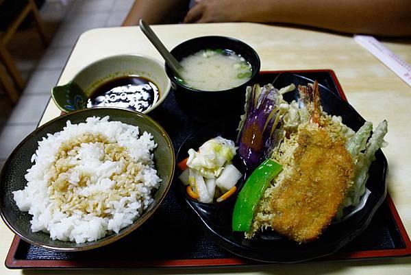 石川炸蝦飯.jpg