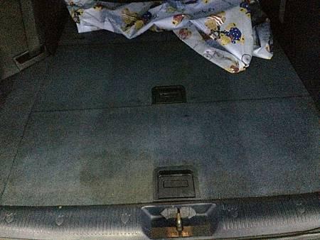 後車廂內平撲地下室