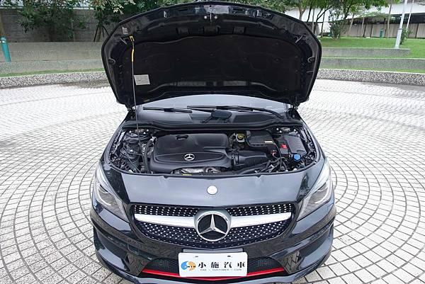8.引擎蓋.JPG