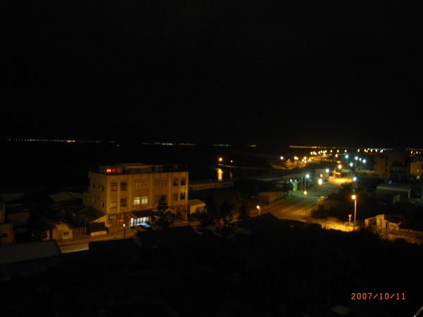 從房間望出去的夜景