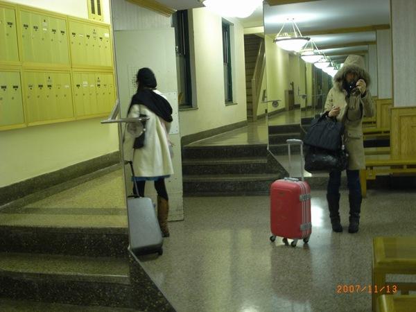 終於從Boston回到紐約的狼狽,又下雨又冷