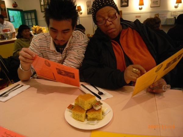 Jim的homestay Mama帶我們來吃傳統的soul food