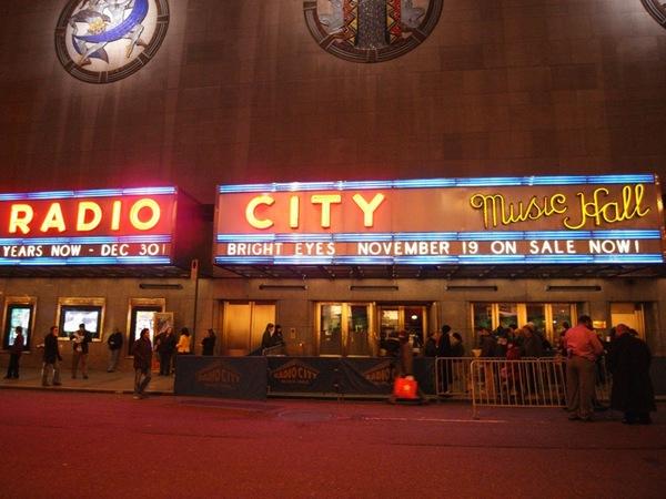 本次行程最後重頭戲!Bright Eyes的演唱會在Radio City Hall