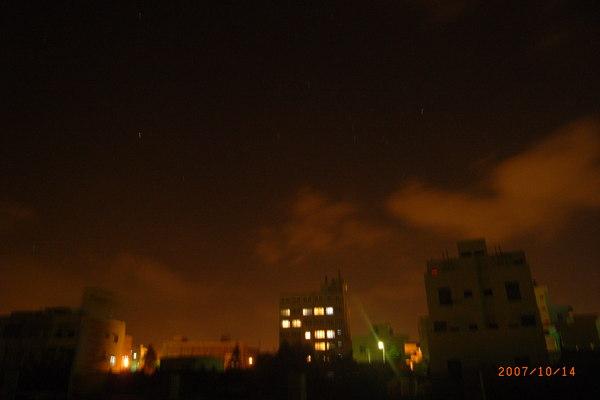 最後一天的夜晚,我獨自到飯店後面的觀音亭散步