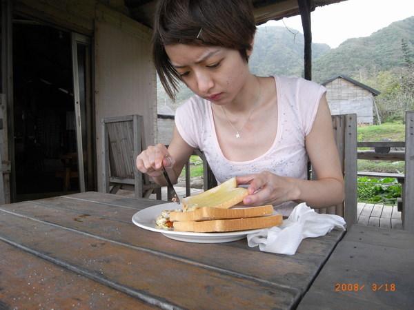 簡簡單單的早餐,但因為是海邊