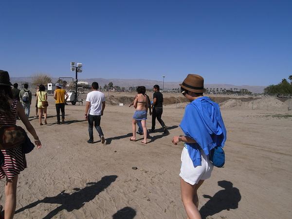 Coachella就是一個大沙漠中的音樂祭