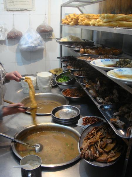 然後來到了鴨肉粥,這可都是當地人才知道的好地方