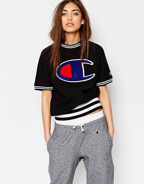 Champion Classic Short Sleeve Sweatshirt With Large Retro Logo-1.jpg